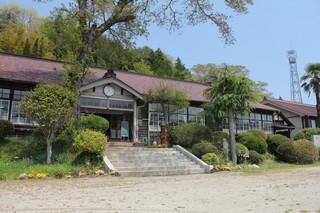 旧上岡小学校 (2).jpg