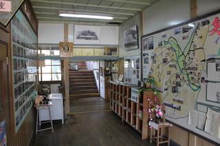 旧上岡小学校 (6).jpg