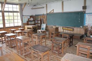 旧上岡小学校 (8).jpg